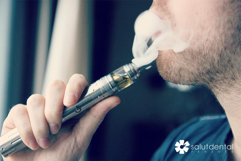 Cigarretes electròniques i salut bucal