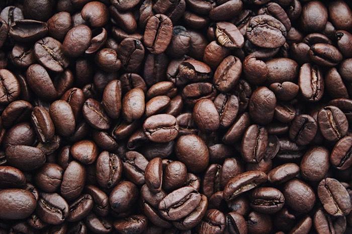 Reduir el consum de cafè per lluir unes dents blanques